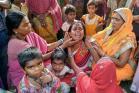 અમૃતસર ટ્રેન દુર્ઘટનાઃ મીનાએ પતિ અને બાળકોની ગુમાવ્યા પરંતુ 10 માસના વિશાલને બચાવ્યો