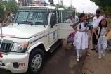 સ્કૂલવાન ચાલકોની હડતાળ, ટ્રાફીક પોલીસે વિદ્યાર્થીઓને પહોંચાડ્યા શાળાએ