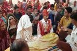 પાકિસ્તાનમાં ધામધૂમથી લગ્ન ન થતાં આ હિન્દુ યુગલે રાજકોટમાં કર્યા લગ્ન