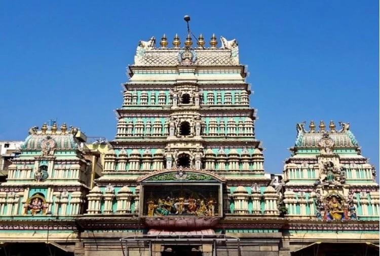 બેંગ્લારૂમાં એક મંદિર છે, જે દ્રોપદી મંદિરના નામથી ઓળખાય છે. આ મંદિર લગભગ 800 વર્ષ જૂનું છે. આ મંદિર ધર્મરાય સ્વામી મંદિરના નામથી પણ ઓળખાય છે.
