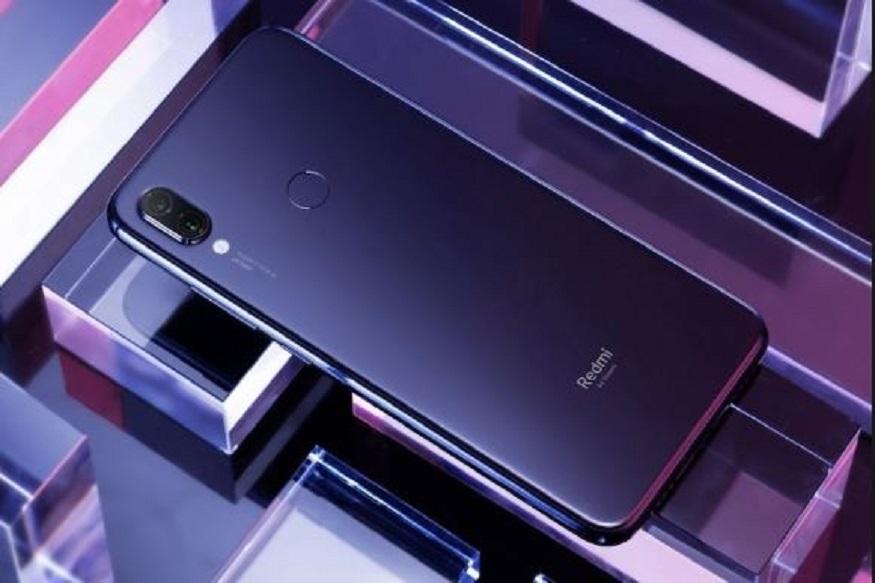Redmi Note 7 Pro 6 જીબી રેમ + 128 GB સ્ટોરેજ વેરિએન્ટનુ વેચાણ ભારતમાં 10 એપ્રિલે શરુ કરવામાં આવશે. આ જાહેરાત શિયોમીએ મંગળવારે કરી હતી. કંપનીએ એક દિવસ પહેલા જ તેનું વેરિએન્ટ ટીઝર જાહેર કર્યુ હતુ. રેડમી નોટ 7 પ્રો ના 6જીબી વેરિએન્ટનું વેચાણ આજે બપોરે 12 વાગ્યે Mi.com, Flipkart અને મી હોમ સ્ટોર પર શરુ કરવામાં આવશે. આ વેરિએન્ટને શિયોમીએ ફેબ્રુઆરીમાં રેડમી નોટ 7 પ્રોના 4 જીબી પેમ અને 64 જીબી સ્ટોરેજ મોડલ સાથે ઉતાર્યુ હતુ, પરંતુ અત્યાર સુધી વેચાણ માટે ઉપલબ્ધ ન હતુ.