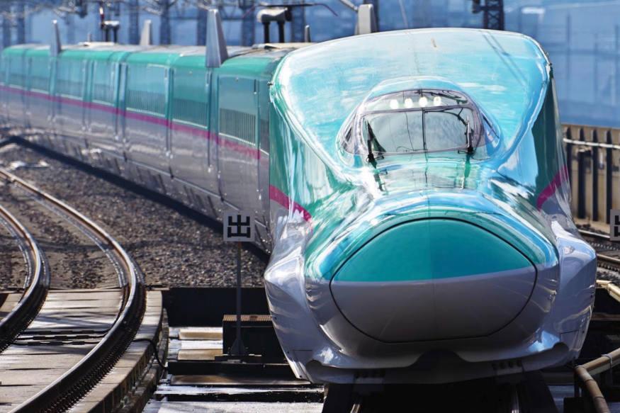 પહેલી બેચના કર્મચારીઓને જાપાનમાં Shinkansen systems operationsની તાલીમ આપવામાં આવશે.