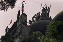 અયોધ્યાનો રામ જન્મભૂમી-બાબરી મસ્જિદ વિવાદ વર્ષોથી ભારતના રાજકારણને પ્રભાવિત કરી રહ્યો છે. આ વિવાદ સેંકડો વર્ષો જુનો છે, પરંતુ આ મુદ્દે રાજકારણ કેટલાક દશકા પહેલા જ શરૂ થયું. બુદવારે એટલે કે, 6 ડિસેમ્બરે આ વિવાદને 25 વર્ષ પુરા થસે. તો જોઈે કે કેવી રીતે થયો આ વિવાદનો જન્મ...જોકે, બાબરી મસ્જિદ વિવાદ 1528થી શરૂ થયો, જ્યારે અયધ્યામાં એક એવા સ્થળ પર મસ્જિદનું નિર્માણ કરવામાં આવ્યું, જેને બગવાન રામનું જન્મ સ્થળ માનવામાં આવે છે. માનવામાં આવે છે કે, મુગલ સમ્રાટ બાબરે આ મસ્જિદનું નિર્માણ કરાવ્યું હતું, જેથી તેને બાબરી મસ્જિદના નામે ઓળખવામાં આવે છે.