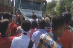 હિંમતનગરઃ શામળાજી પાસે કાર અને ટ્રક વચ્ચે અકસ્માત, 3નાં મોત,2ને ઇજા