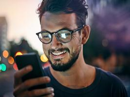 Amazon સેલમાં કેશબેકની ભરમાર, સસ્તામાં ખરીદો સ્માર્ટફોન