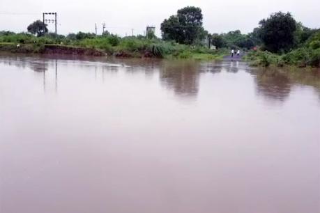મેઘમહેરઃ દક્ષિણ ગુજરાતની નદીઓમાં ઘોડાપૂર, રાજ્યના 197 રસ્તાઓ બંધ