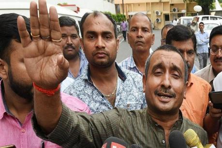ઉન્નાવ ગેંગરેપ: CBIએ દાખલ કરી ચાર્જશીટ, BJP ધારાસભ્ય કૂલદીપ સિંહ સેંગરને બનાવ્યો આરોપી