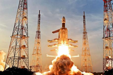ISRO ચીફની જાહેરાત: ડિસેમ્બર 2021 પહેલા અંતરિક્ષમાં મોકલાશે ભારતીય એસ્ટ્રોનોટ