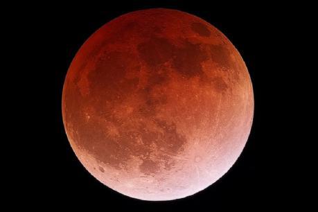 Lunar eclipse 2019: વર્ષનું પહેલું ચંદ્રગ્રહણ આજે, આ લોકોના જીવન પર પડશે અસર