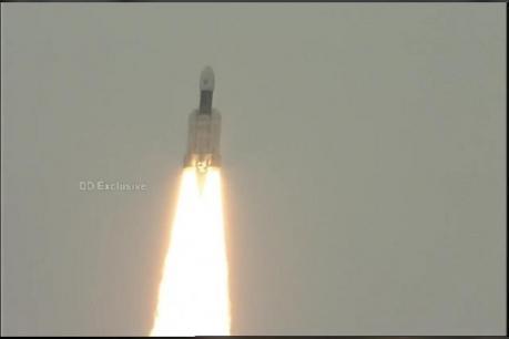 ચંદ્રયાન-2 : ભાવુક થયા ISROના ચેરમેન, કહ્યું - સાત દિવસથી ઘરે ગઈ ન હતી ટીમ