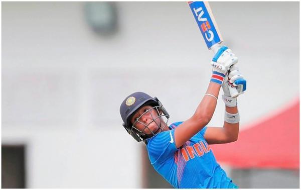 T20 વર્લ્ડ કપમાં હરમનપ્રીતે કર્યો સિક્સરોનો વરસાદ, બનાવ્યો વર્લ્ડ રેકોર્ડ